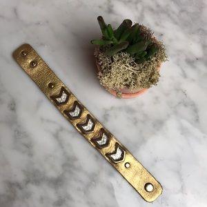 Arrow bracelet cuff
